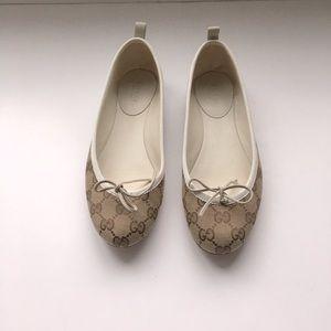 Gucci Monogram Ballerina Flats - Size 5